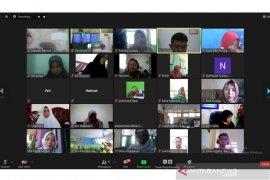 FKIP Unib latih guru matematika menyusun instrumen tes online