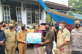 Pemkab Bangka salurkan 10 unit kapal penangkapan ikan
