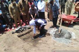 Gubernur letakkan batu pertama pembangunan rumah sakit internasional di Kota Probolinggo