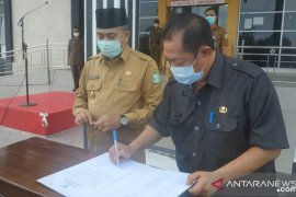 Pjs Bupati Sambas pimpin ikrar netralitas ASN dalam pilkada