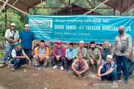 "Yayasan ""Dangsanak Kita"" bedah rumah para mualaf Loksado"