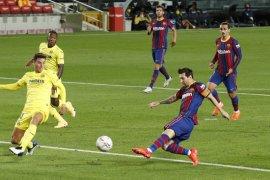 Messi cetak gol saat Koeman awali era dengan kemenangan 4-0