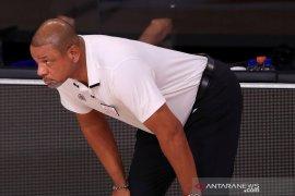 LA Clippers umumkan penghentian kontrak Doc Rivers