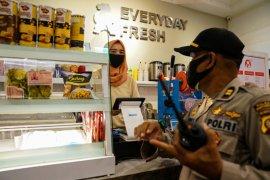 Wali Kota Pontianak minta warga patuh taati aturan pembatasan aktivitas