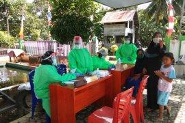 Pengobatan gratis dalam rangkaian kegiatan TMMD di Kecamatan Pulau Hanaut