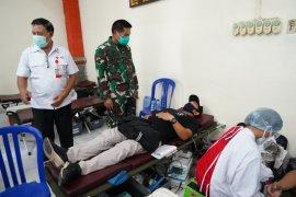 15 anggota TNI dan 22 warga lakukan donor plasma konvalesen