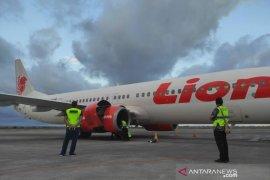 Lion Air Lombok-Surabaya mendarat darurat akibat kerusakan mesin