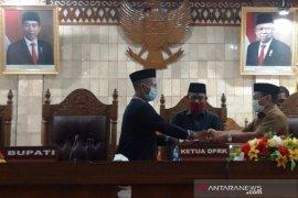 DPRK Aceh Barat sahkan APBK Perubahan 2020 Rp1,28 Triliun