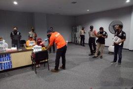 Polisi rekonstruksi kasus pelecehan di Bandara Soetta, tersangka sebelumnya diamankan saat di Balige