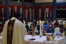 Pjs Bupati Sintang minta dukungan Gereja Katolik putuskan penularan COVID-19