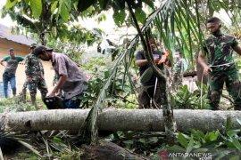 Satgas TMMD bangun jembatan darurat hubungkan 2 desa di Tarabintang Humbahas