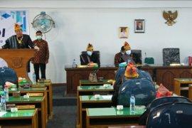 Sidang istimewa DPRD Hari Jadi Dairi ke-73 , Bupati sampaikan program yang telah dan sedang dikerjakan