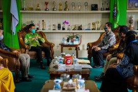 KPU dan Wali Kota Pontianak bahas skenario jadwal pilkada