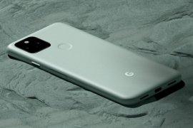 Google pasang target 800.000 ponsel Pixel 5 tahun ini