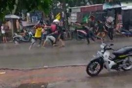Polisi mengamankan empat orang terkait aksi tawuran antar pemuda