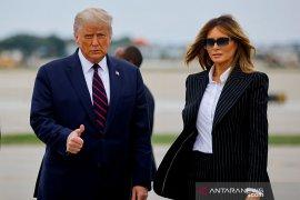 Donald dan Melania Trump positif COVID-19