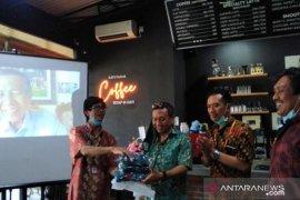 Anggota DPD Pastika dorong masyarakat Bali hebat dalam pemasaran