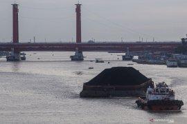 Presiden Jokowi sampaikan prioritas industri turunan batu bara