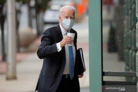 Biden minta Trump sampaikan pesan tentang pentingnya masker