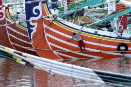 Presiden Jokowi dorong petani dan nelayan berkelompok dalam jumlah besar