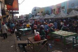 Pemkab Lebak terapkan genap ganjil batasi pedagang pasar Rangkasbitung selama PSBB
