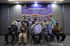 Dispar Banda Aceh latih pelaku usaha penginapan di tengah COVID-19
