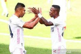 Real Madrid tundukkan Levante 2-0