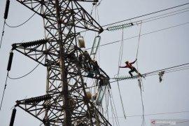 Kemarin, RUU Cipta Kerja disetujui hingga tarif listrik turun