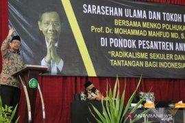 Kunjungi Sumenep, Mahfud MD ajak ulama-santri kampanyekan protokol kesehatan