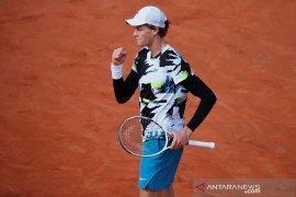 Jannik  Sinner bersiap hadapi Nadal pada perempat final French Open