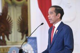 Presiden: Tidak benar  ada penghapusan upah minimum dalam UU Ciptaker