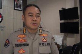 Polda Jatim dalami video viral polisi dangdutan pisah sambut kapolsek di Tulungagung