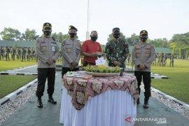 Berikan kejutan di HUT TNI, PJU Polda Kalsel kunjungi Mako Rindam