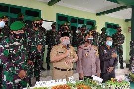 Bupati Safrial hadiri HUT TNI ke-75 di Makodim Tanjab