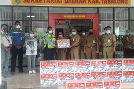 PT Pama dan mitra serahkan 8 ribu masker untuk Pemkab Tabalong
