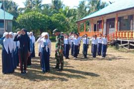Satgas TMMD berikan latihan PBB untuk Siswa MTs