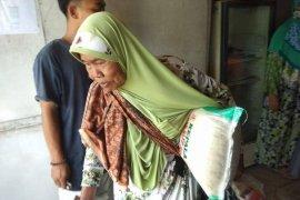 Kemensos salurkan bantuan sembako di Kabupaten Lebak antisipasi kerawanan pangan