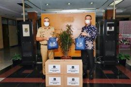 Paramount serahkan 3.000 paket sembako dan APD ke Pemkab Tangerang
