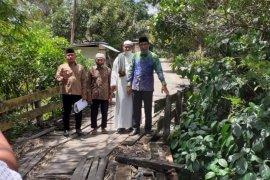 Cabup Banjar Kalsel Rusli akan perhatikan infrastruktur pedesaan