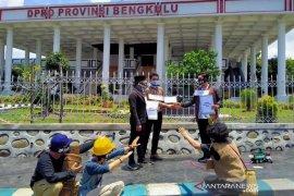 Pemuda Bengkulu gelar teatrikal Tolak Omnibus Law
