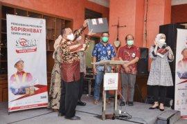 Semen Indonesia berangkatkan umrah pengemudi ekspedisi berprestasi