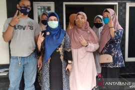 Calon wali kota Tangsel Siti Nur Azizah janjikan setiap RW dapat  bantuan dana Rp100 Juta