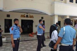 Pelempar gedung DPRD Kota Jambi diperkirakan berusia pelajar