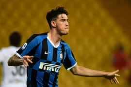 Liga Italia - Bek Inter Milan Alessandro Bastoni positif COVID-19