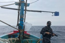 TNI AL tangkap kapal Vietnam lakukan ilegal fishing di Natuna