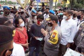 Polda Jatim tetapkan 14 tersangka kerusuhan demo tolak UU Cipta Kerja di Malang dan Surabaya