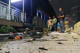 Anies : Perbaikan halte TransJakarta rusak perlu lima pekan