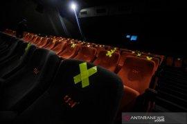 Alasan Pemkot Bandung izinkan bioskop beroperasi meski zona merah