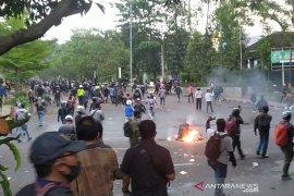 Polisi Bandung tangkap 429 orang dari tiga hari aksi berujung rusuh