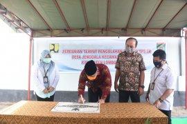 Plt Bupati meresmikan TPS 3R Jenggala Mandiri dan Repeli Apan Baya
